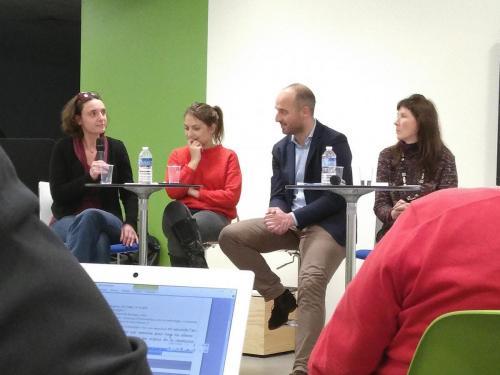 """4 intervenants de la conférence """"Les métiers du numérique un défit de l'égalité des sexes"""""""